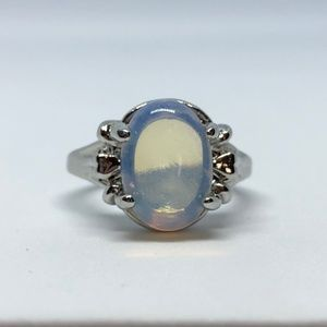 Jewelry - Beautiful Silver Plated Created Opal Ring Size 9